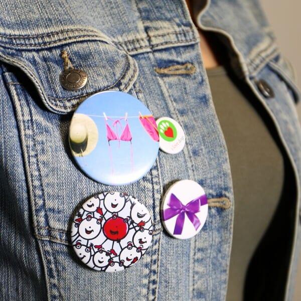Buttons mit eigenem Motiv und Anstecknadel (ø 50 mm rund - 10 Stück)