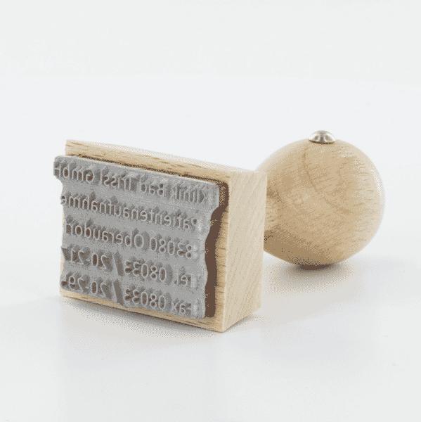 Textplattenherstellung für Stempel - so werden Textplatten hergestellt